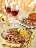 Duck breast with green pepper sauce and apple