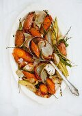 Oven-roasted carrots with onions and thyme