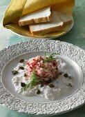 Radish tatar in a tuna and caper sauce