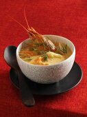 Crab soup with white asparagus
