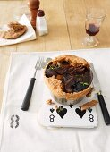 Boeuf bourguignon with a pie lid