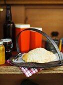 Damper (Selbstgebackenes Brot, Australien)