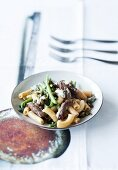 Pasta with beef, green beans and Gorgonzola