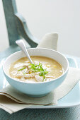 Cream of sweetcorn soup with chicken