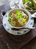 Green chicken curry with coriander