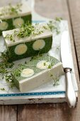 Spinach terrine with quail's and cress