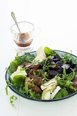 Mixed leaf salad with chicken liver, beetroot and goat's cheese