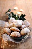 Sweet ravioli biscuits (Italy)