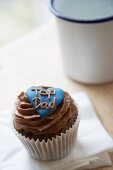 A chocolate cupcake for Father's Day
