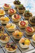 Savoury bread-crust tarts