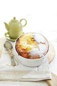 Yogurt cake with pears and caramel