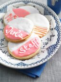 Name biscuits with icing sugar