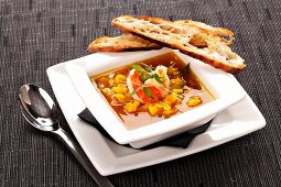 Prawn soup with toasted bread