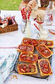 Tomato galettes with feta and thyme, for a picnic
