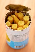 Baby sweetcorn in a can