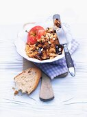 Baked apple spread with rolled oats