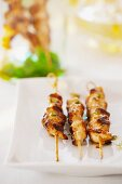 Chicken skewers marinated with honey
