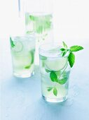 Sparking lime drink with peppermint