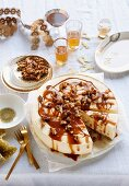Yoghurt ice cream cake with caramelised walnuts