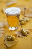 Steamed gingko nuts with a glass of beer