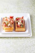Waffles with foie gras, strawberries and kiwi