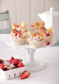 Butterfly cakes with strawberry cream