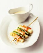 Asparagus skewers with bacon