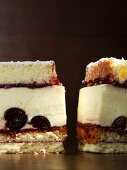 Cheesecake with Amarena cherries
