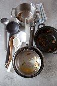 Dirty cooking utensils