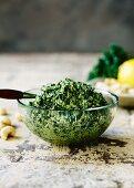 Kale and cashew nut pesto