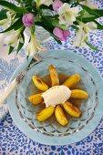 Caramelised apples with vanilla ice cream