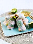 Rice paper rolls with prawns