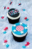 Two 4th of July cupcakes (USA)
