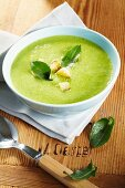 Sorrel soup with croutons