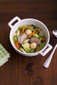 Pichelsteiner stew (Meat and vegetable stew)