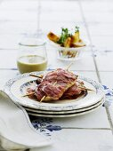Scaloppine with Serrano ham and mozzarella