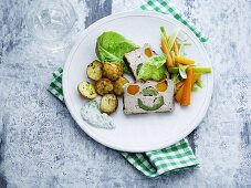 Vegetable terrine with potatoes and vegetables