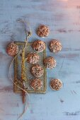 Macaroons with Brazil nuts and coffee