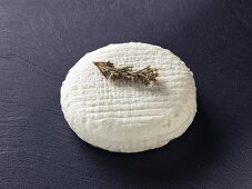 Chevre a la sariette (French goat's cheese)