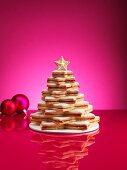 Christbaum aus Weihnachtskeksen
