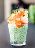 King prawns with ginger and pea puree