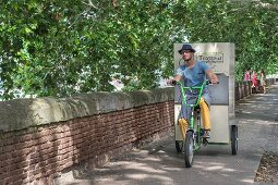 Gourmet Trotteur bicycle delivery