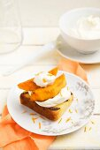 Grilled cake with braised mango and mascarpone