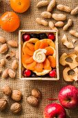 Dried fruits, nuts and fresh fruit