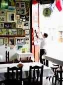 Canta Rana - eine klassische Cevicheria in Lima, Peru - Fotogalerie an der Wand