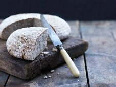 Old-fashioned country style bread