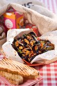 Mussels in parchment paper for Christmas