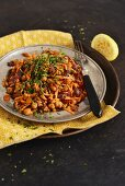 Carrot salad with roasted chickpeas, honey and mint (Arabia)