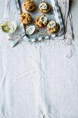 Zucchini-Käse-Cupcakes