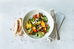 Spicy tomato salad with coriander